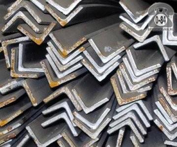 Уголок металлический стальной 25 мм 25 мм